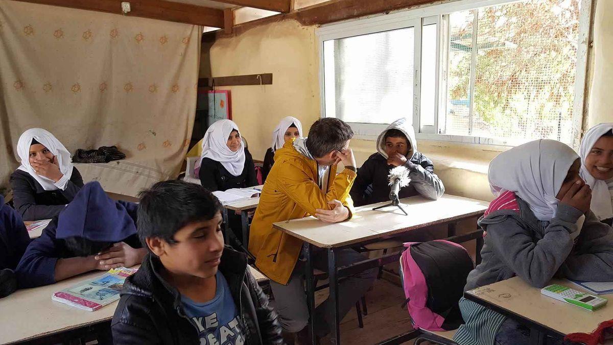 Der 14-jährige Achmed will studieren und Ingenieur werden, um später Häuser zu bauen.