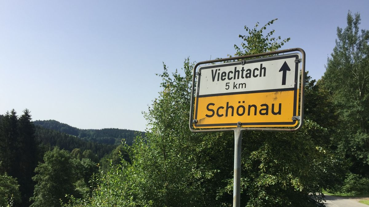 Ortsschild von Schönau im Landkreis Regen