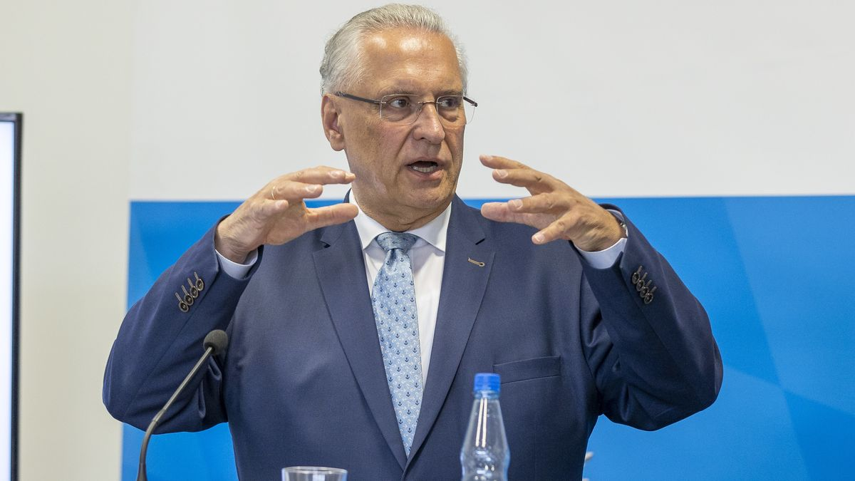 Der bayerische Innenminister will wieder abschieben - auch nach Syrien