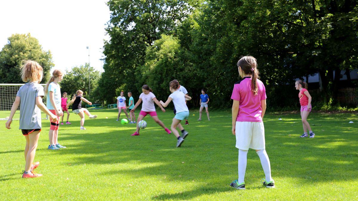 """Training bei """"Mädchen an den Ball"""""""