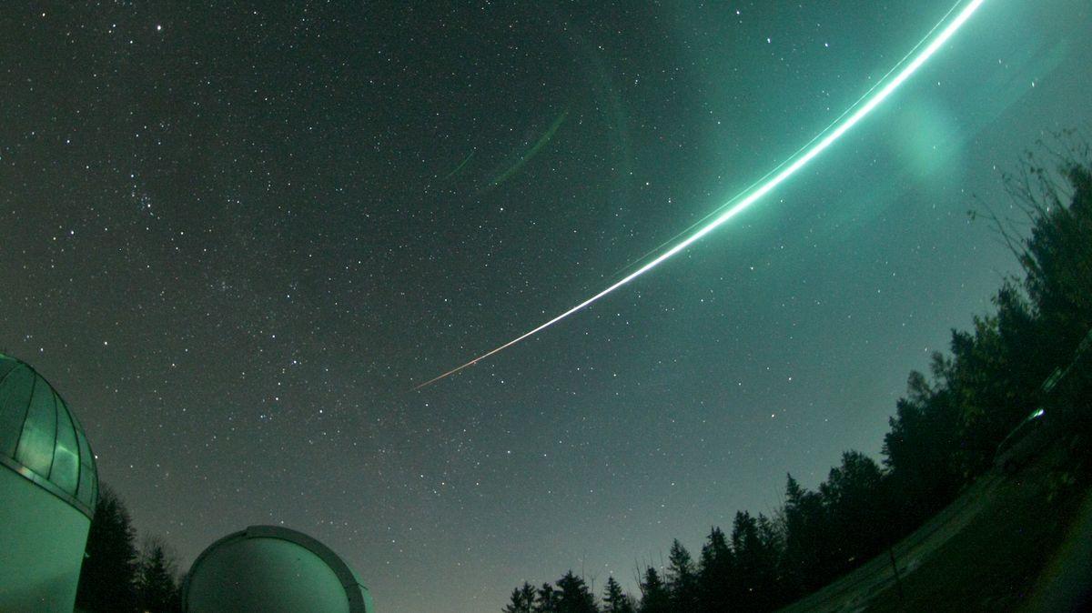 Der Meteorit, der östlich von Regensburg in die Erdatmosphäre eintrat