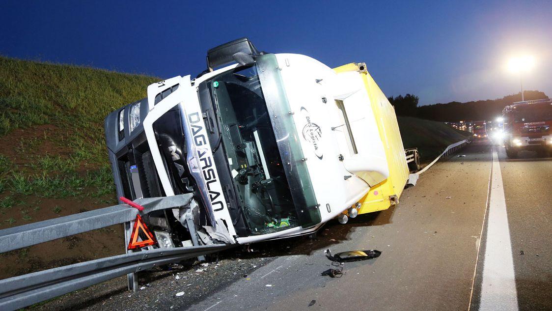 Lkw-Unfall auf A3 nahe Bischbrunn (Lkr. Main-Spessart)