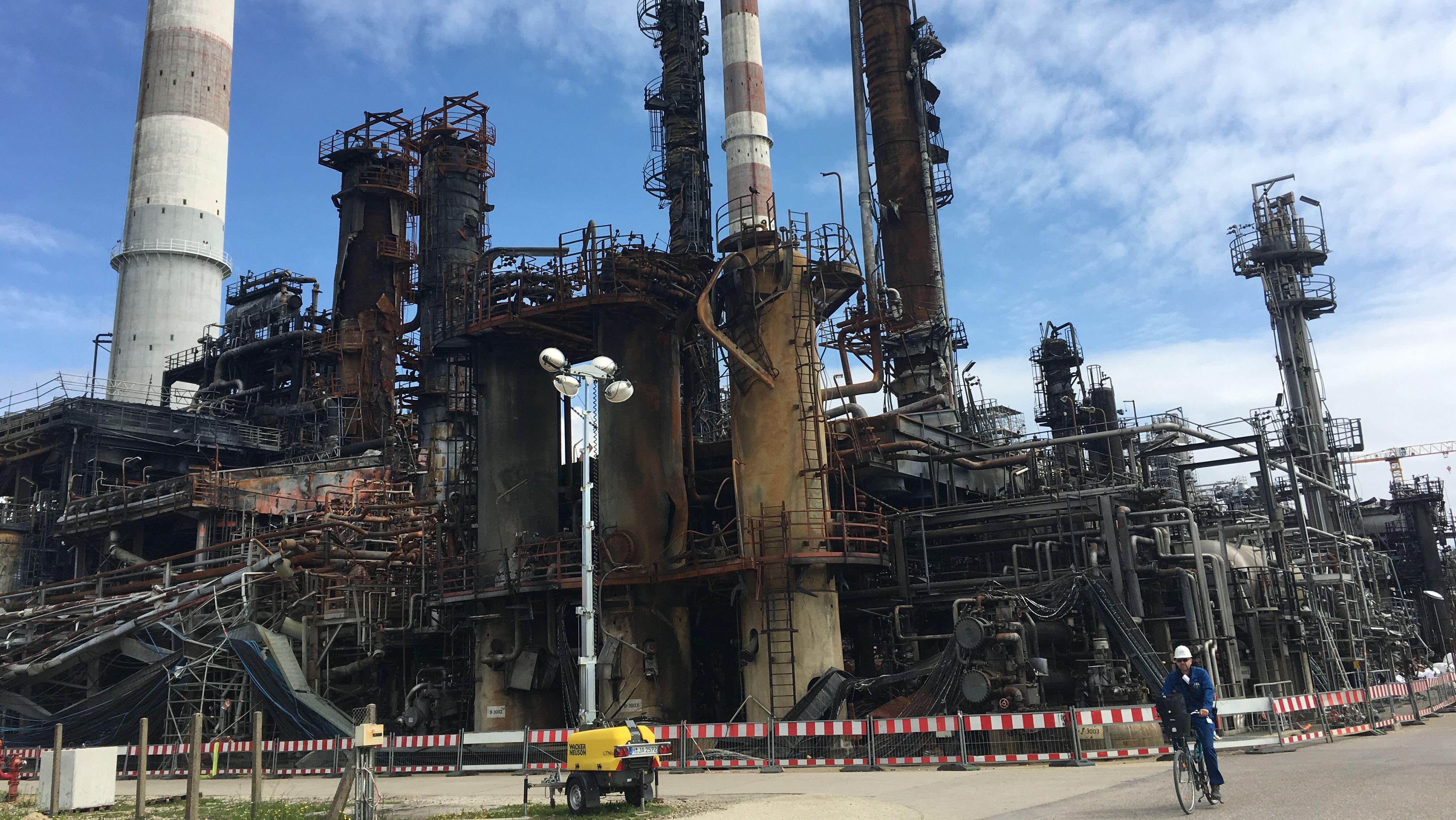 Die zerstörte Raffinerie in Vohburg