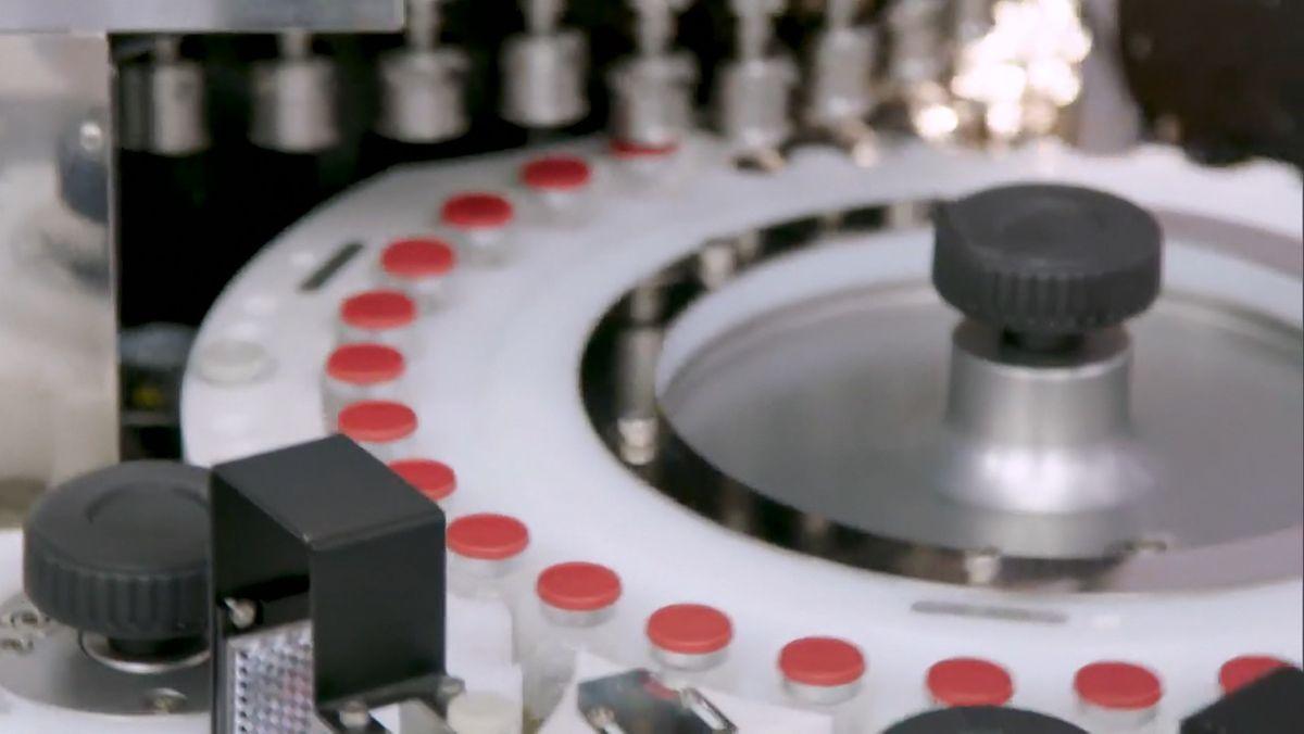 BR Vor dem Impfgipfel fordern die Länder klare Zusagen über kommende Lieferungen. Bayerns Ministerpräsident Söder bringt mehr staatliches Engagement bei der Produktion von Impfstoffen ins Gespräch.