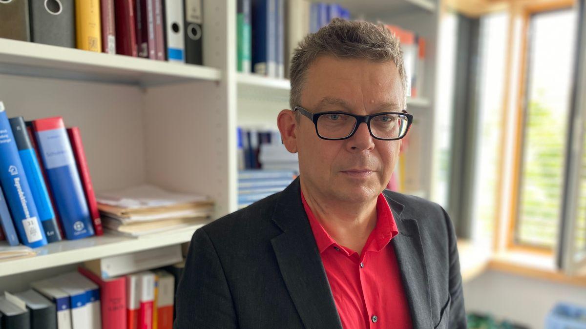 Professor Josef Lindner