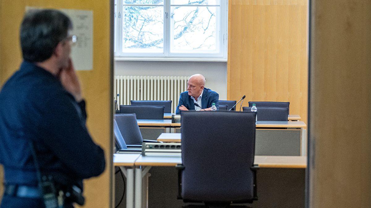 Joachim Wolbergs muss sich in Regensburg zum zweiten Mal vor Gericht verantworten. Am 17. Juni soll das Urteil gesprochen werden.