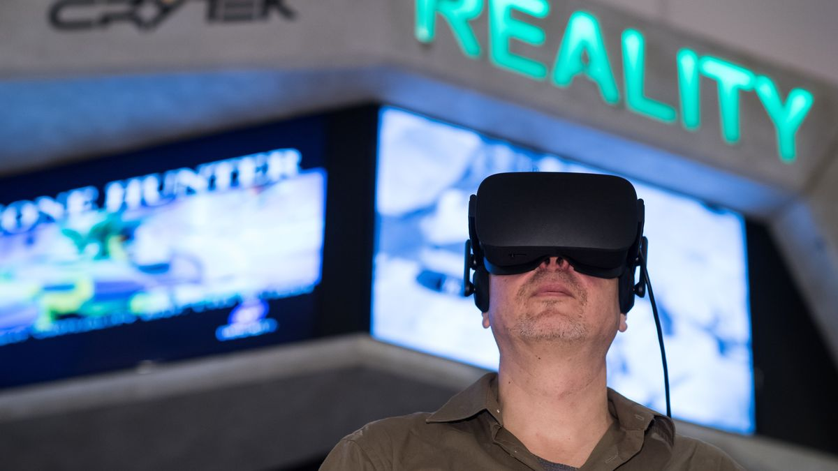 Mit neuer Technik wie 3-D-Brillen gibt es ganz neue Möglichkeiten der Erinnerungsarbeit in Gedenkstätten.