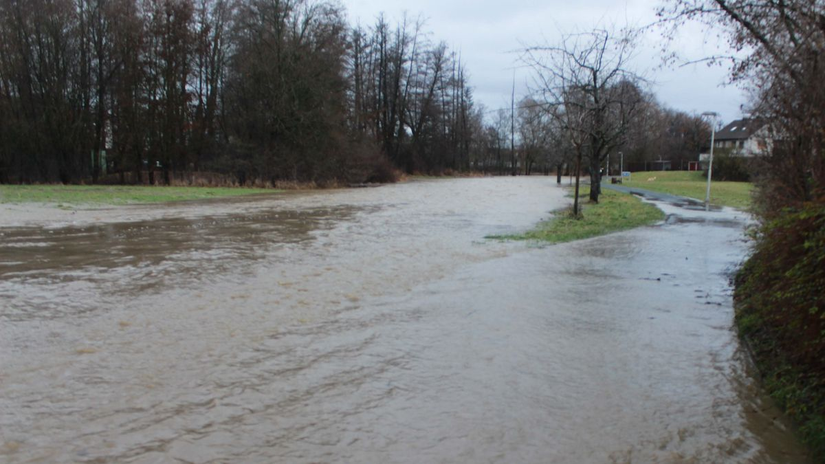 Kleinere Überschwemmungen in Franken - hier Baunach (Lkr. Bamberg)