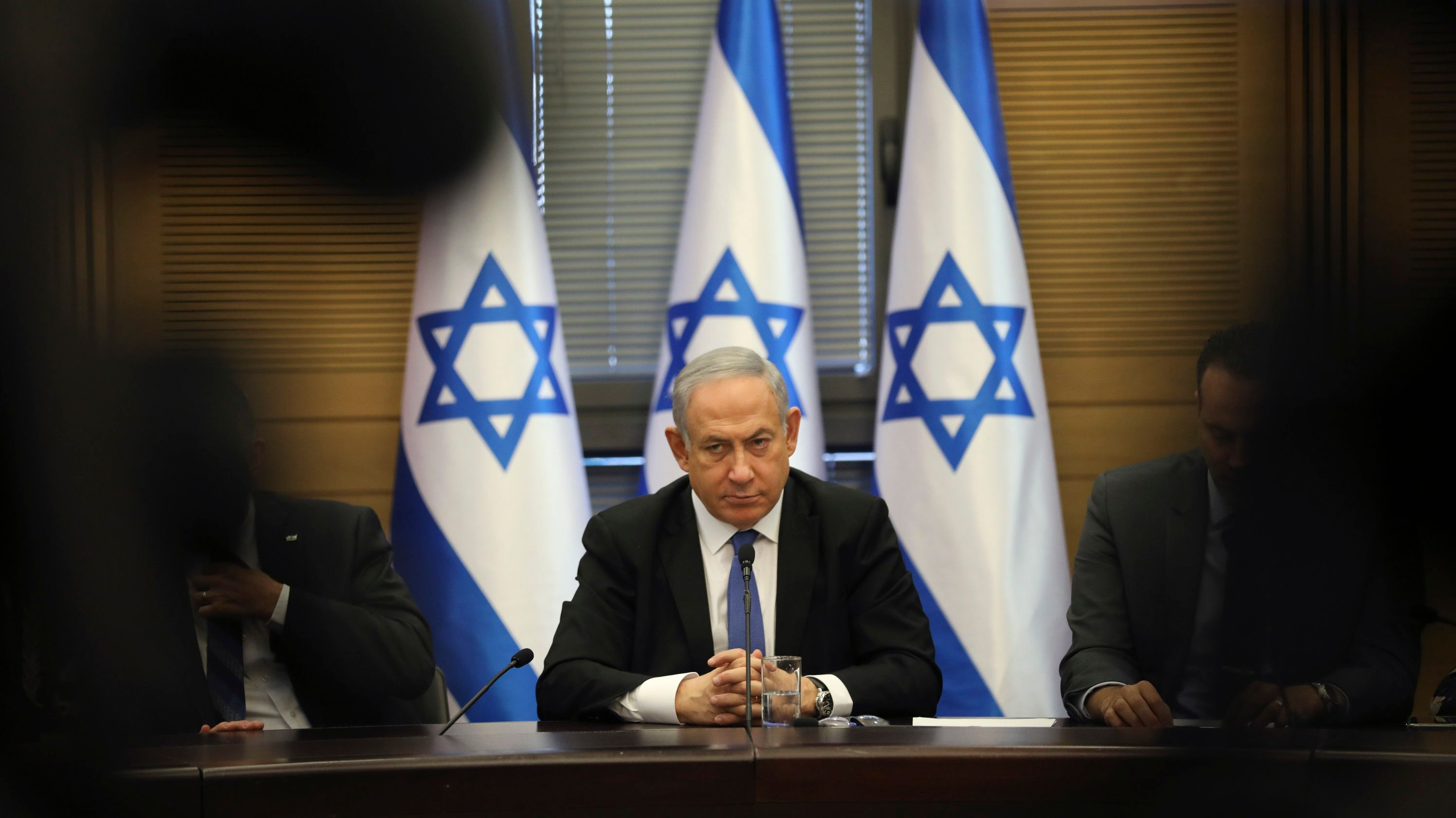 Benjamin Netanjahu, Premierminister von Israel, nimmt an einer Fraktionssitzung der Mitglieder des rechten Blocks teil.