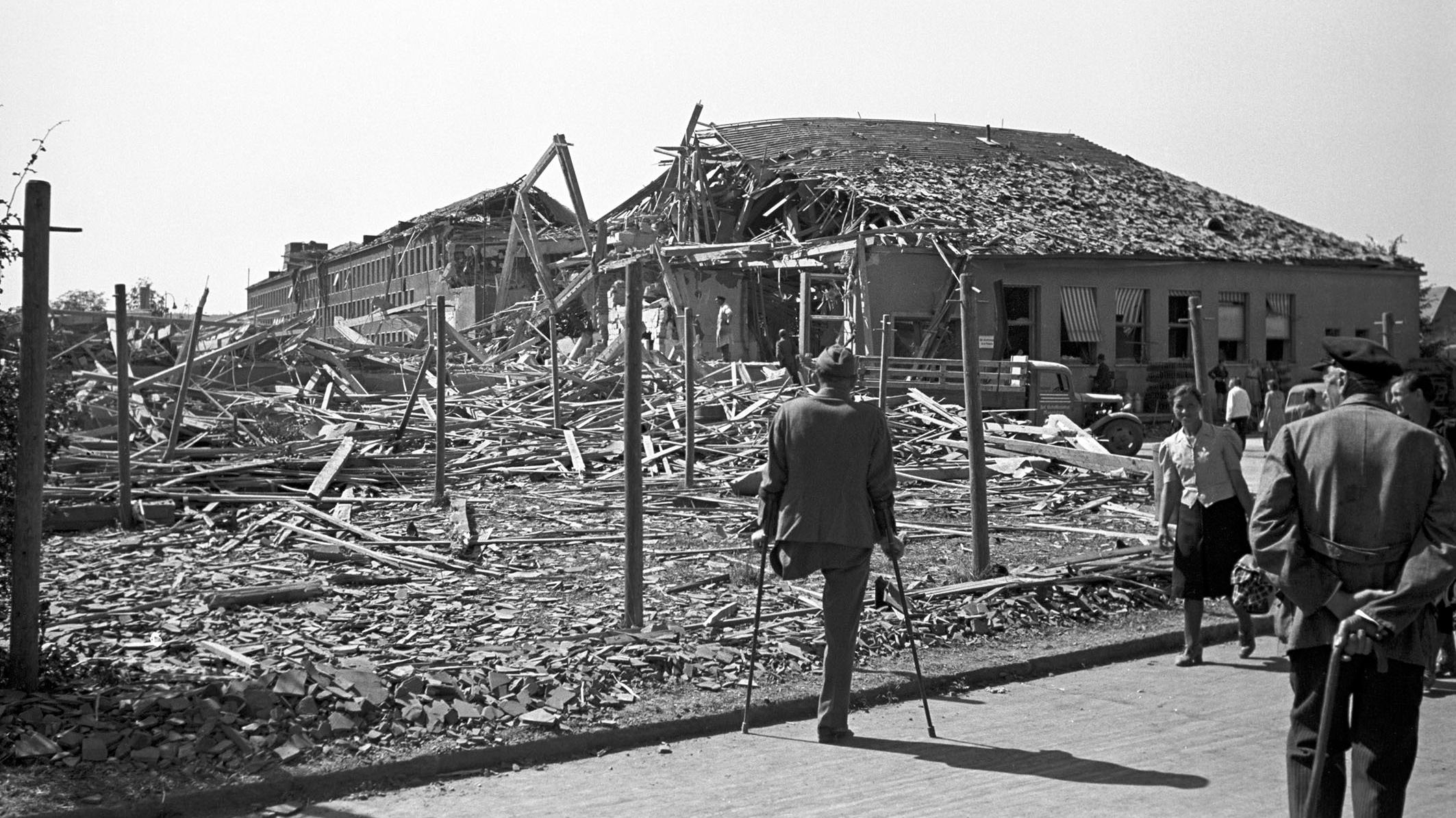 Das völlig zerstörte Messerschmitt-Werk