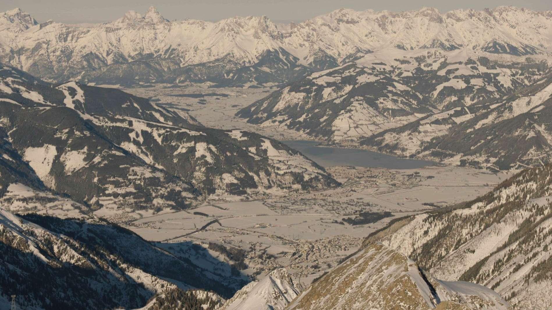 Panorama vom Kitzsteinhorn im österreichischen Bundesland Salzburg.