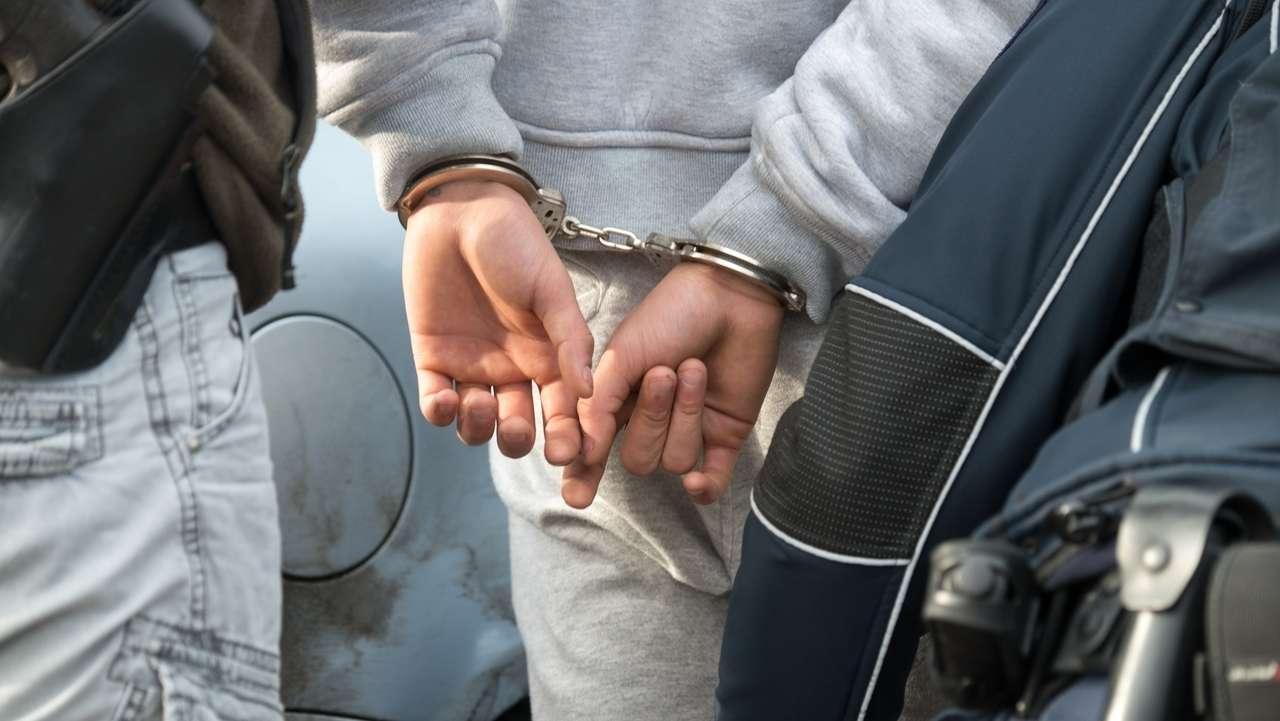 Symbolbild: Festnahme durch Polizei