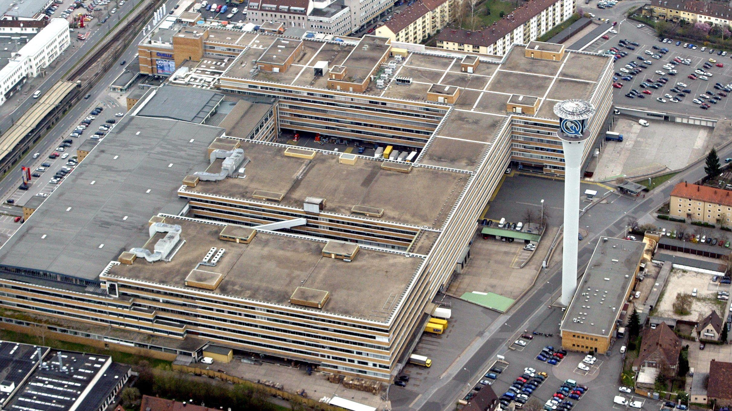 Der Hauptsitz von Quelle 2005 in Nürnberg