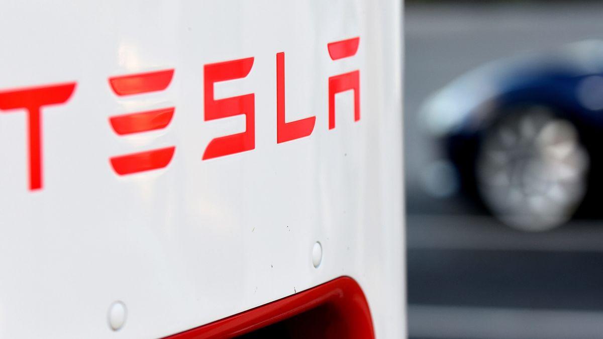 Das Umweltbundesamt verhängt ein Millionen-Bußgeld gegen Tesla