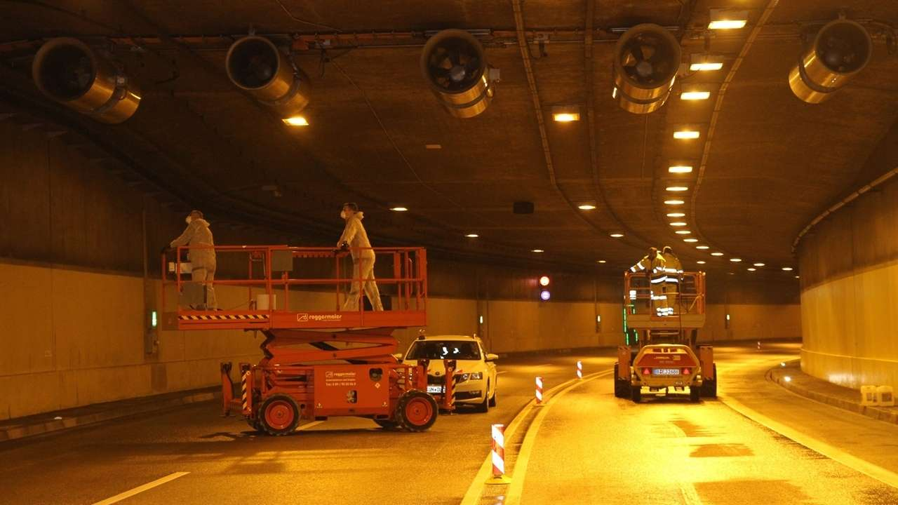 Wartungsarbeiten im B11-Tunnel in Deggendorf