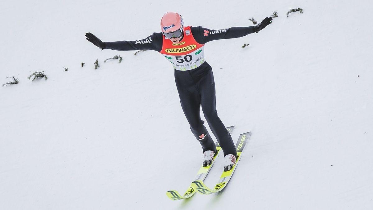 Karl Geiger flog in Rasnov sensationell zum Sieg.