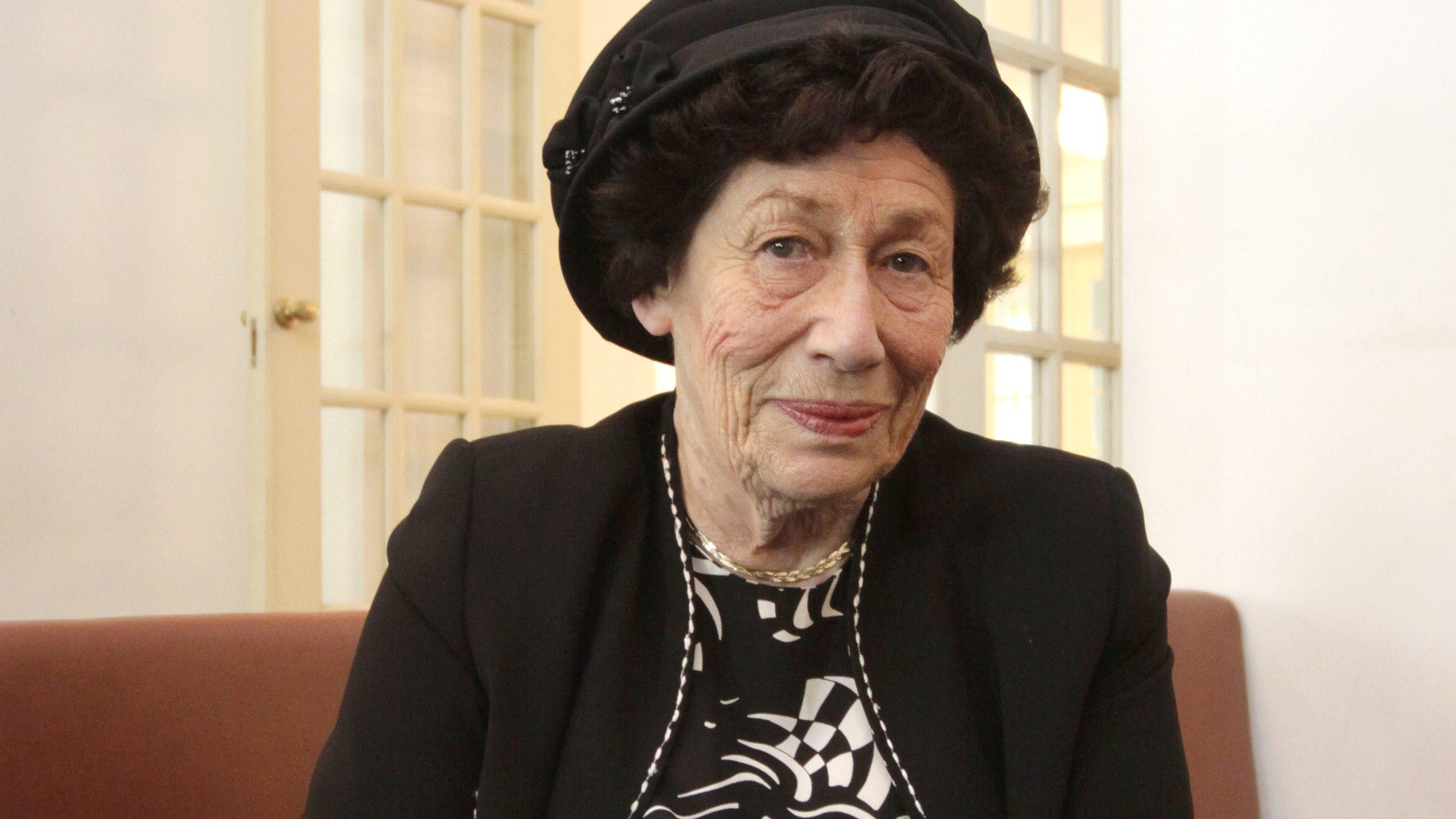 Hannah Goslar wandert später nach Israel aus – wo sie bis heute lebt. Sie ist mittlerweile 90 Jahre alt, hat viele Kinder und Enkelkinder.