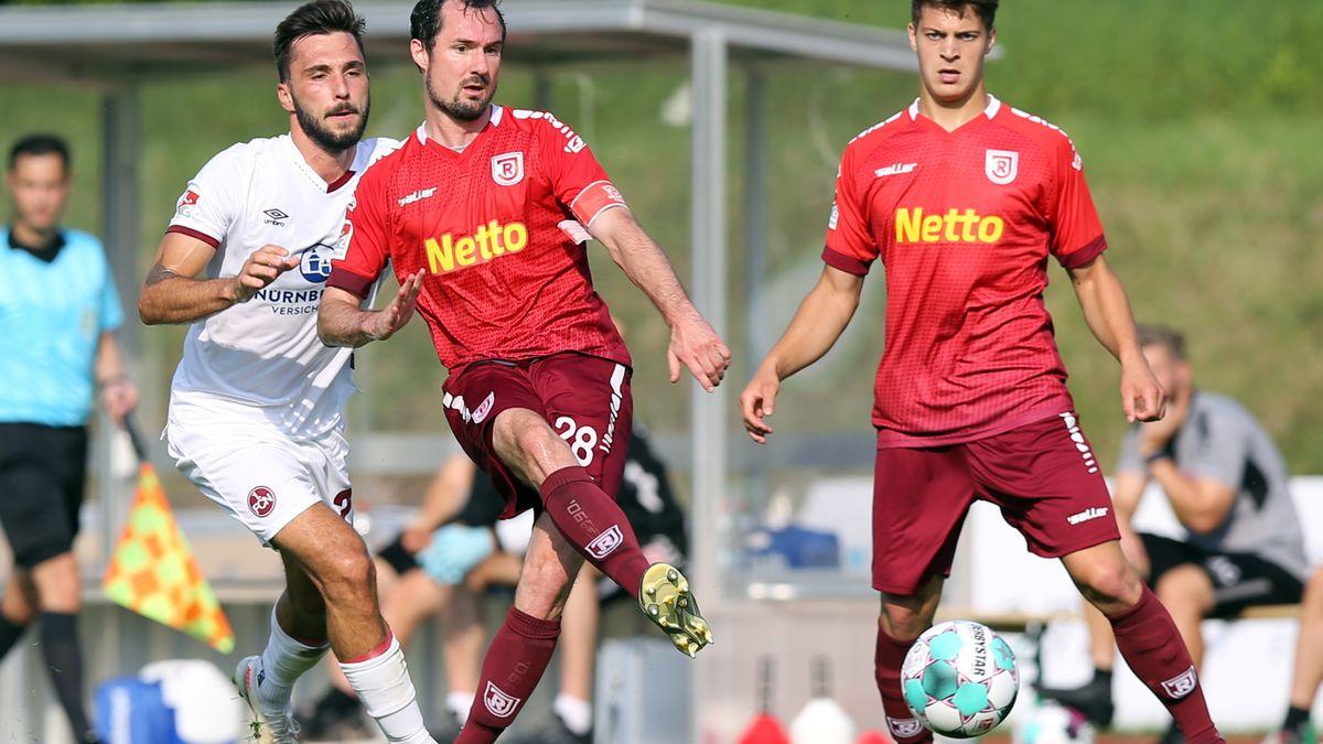 SSV Jah Regensburg gegen 1. FC Nürnberg