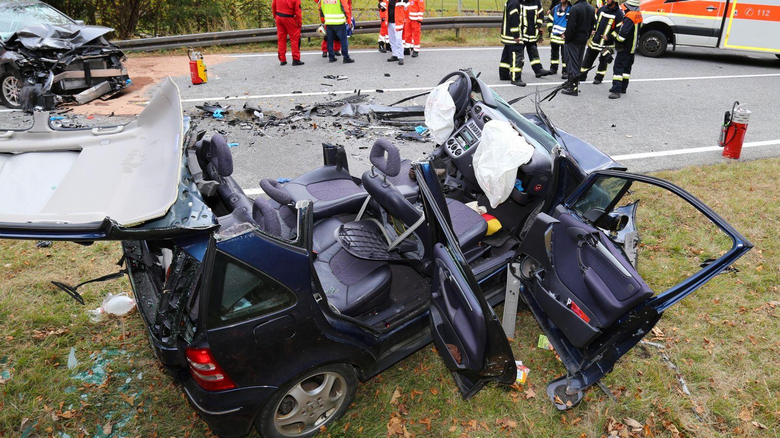 Wieder tödlicher Unfall auf Bundesstraße 2 bei Mittenwald - BR24