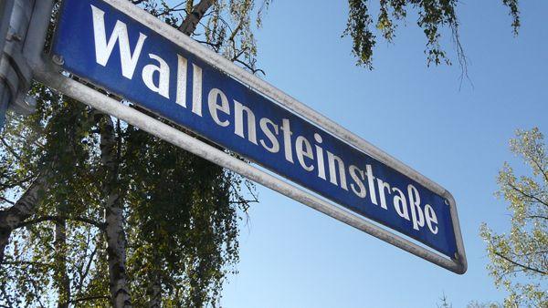 Straßenschild Wallensteinstraße