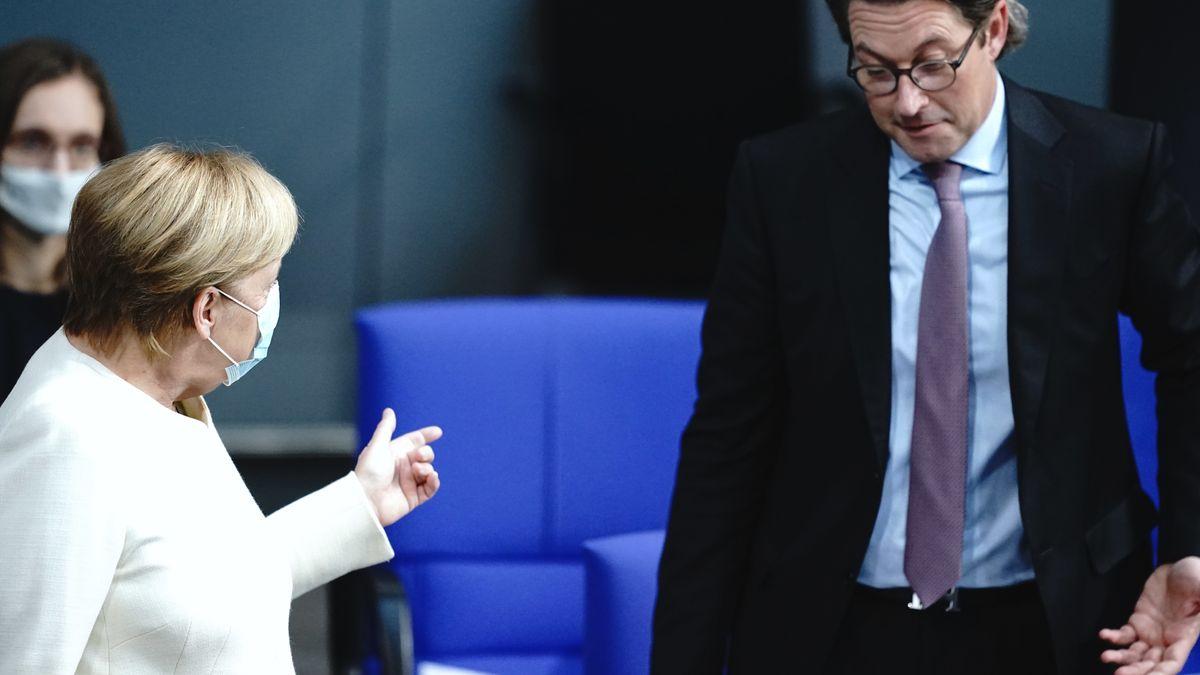 Verkehrsminister Andreas Scheuer und Kanzlerin Angela Merkel im Bundestag (29.9.2020)