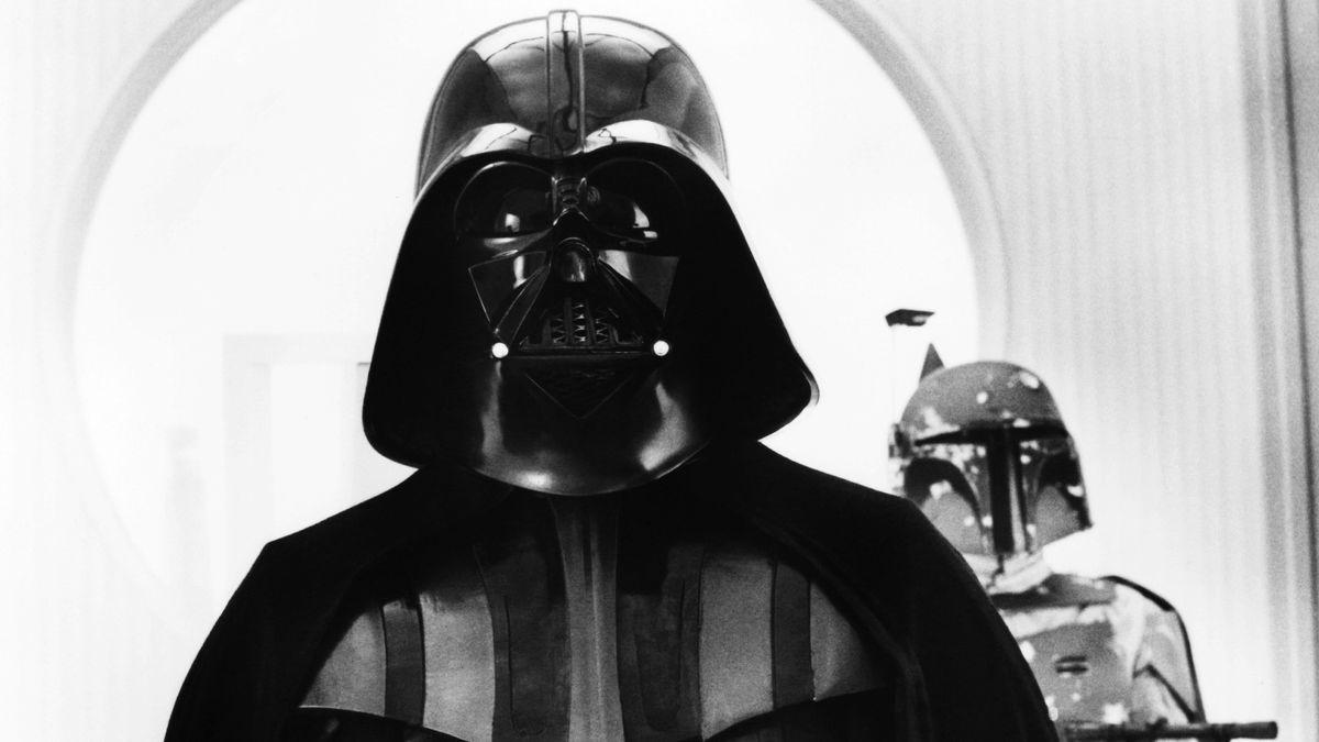 "David Prowse als Darth Vader in ""Star Wars: Episode V - The Empire Strikes Back"", 1980."