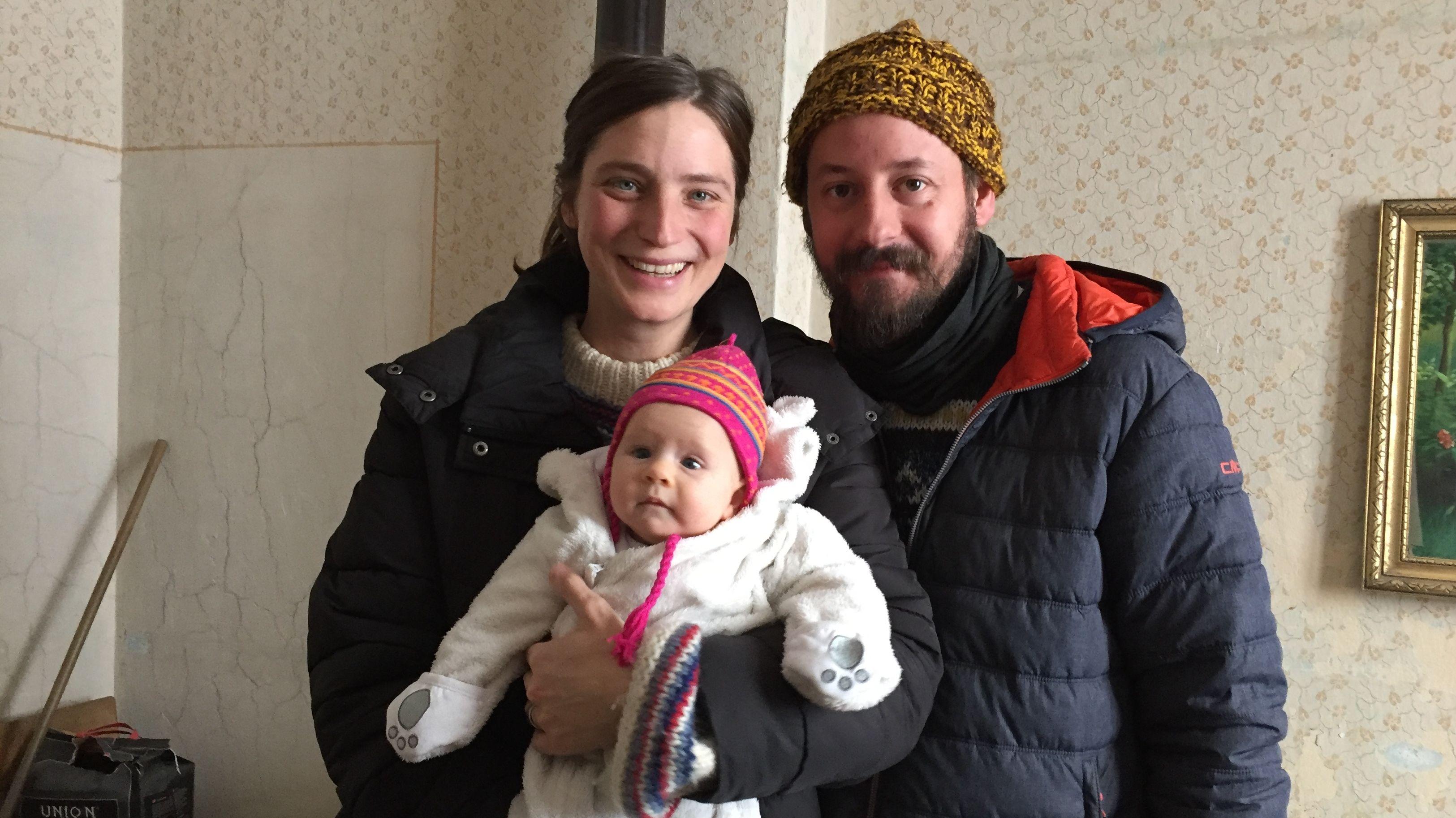Familie Haslinger-Schütz, die wieder nach Hause in den Bayerischen Wald ziehen