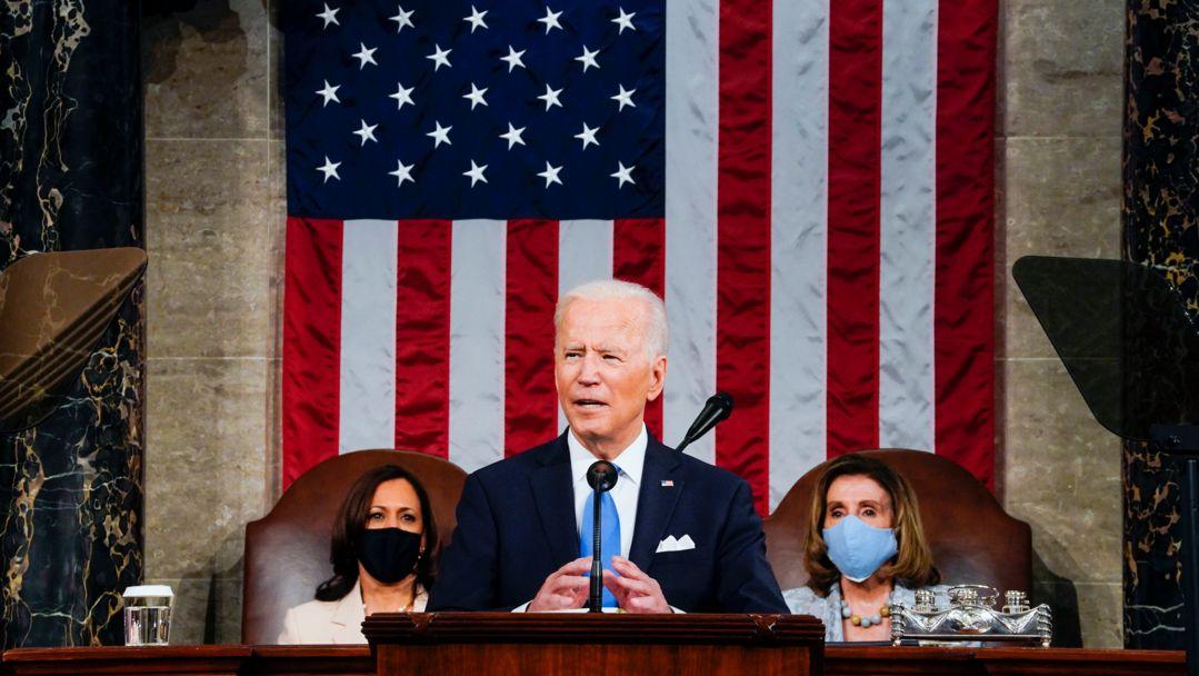 Joe Biden, Präsident der USA, spricht vor einer gemeinsamen Sitzung des Kongresses in der Kammer des Repräsentantenhauses im US-Kapitol.