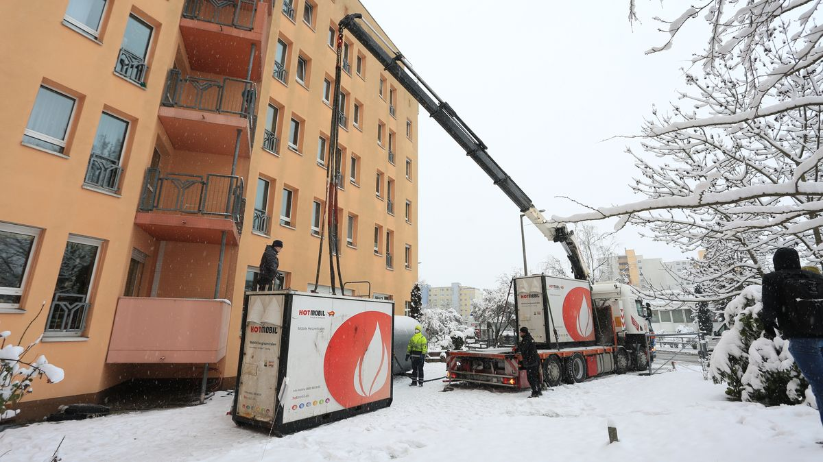 Mobile Heizanlagen haben den Härtetest bestanden: Die Wärmeversorgung ist in den betroffenen Stadtteilen in Nürnberg wieder stabil auf Normalniveau, teilt N-Ergie mit.