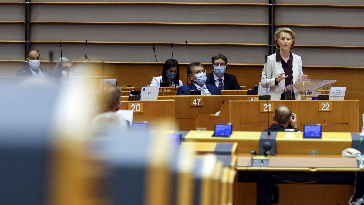 EU-Kommissionspräsidentin Ursula von der Leyen am Donnerstag im EU-Parlament in Brüssel.