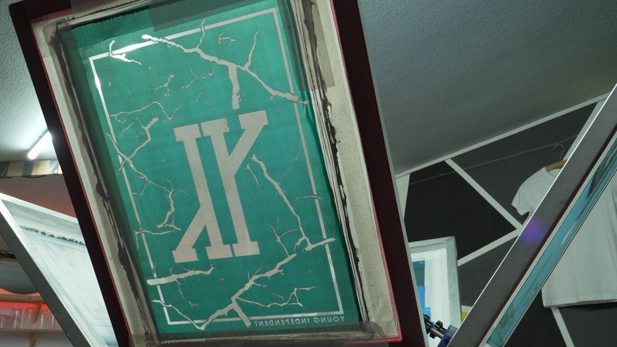Siebdruckvorlage mit dem Logo von Young Independent