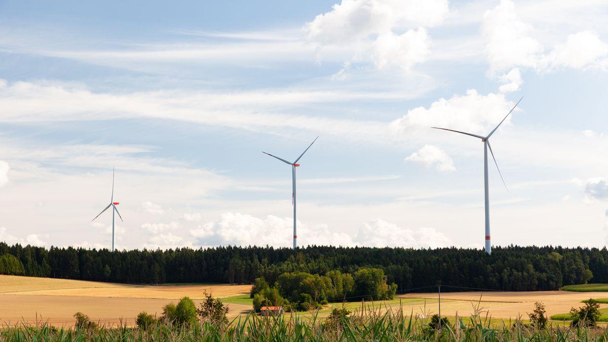 Windkraft beim Ort Trefnitz in der Oberpfalz