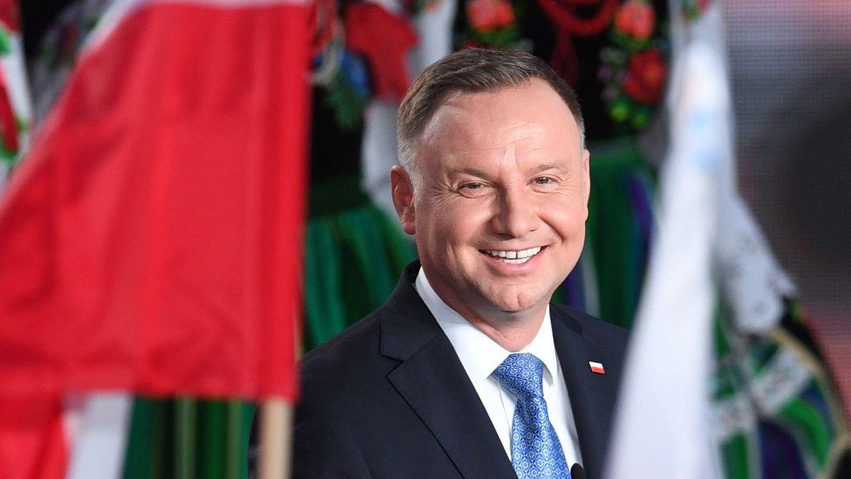 Abstimmung bei den polnischen Präsidentschaftswahlen - Andrzej Duda, Präsident von Polen, lacht am Ende des Wahltages zur Präsidentschaft in Polen bei der Wahlparty mit seinen Unterstütztern.