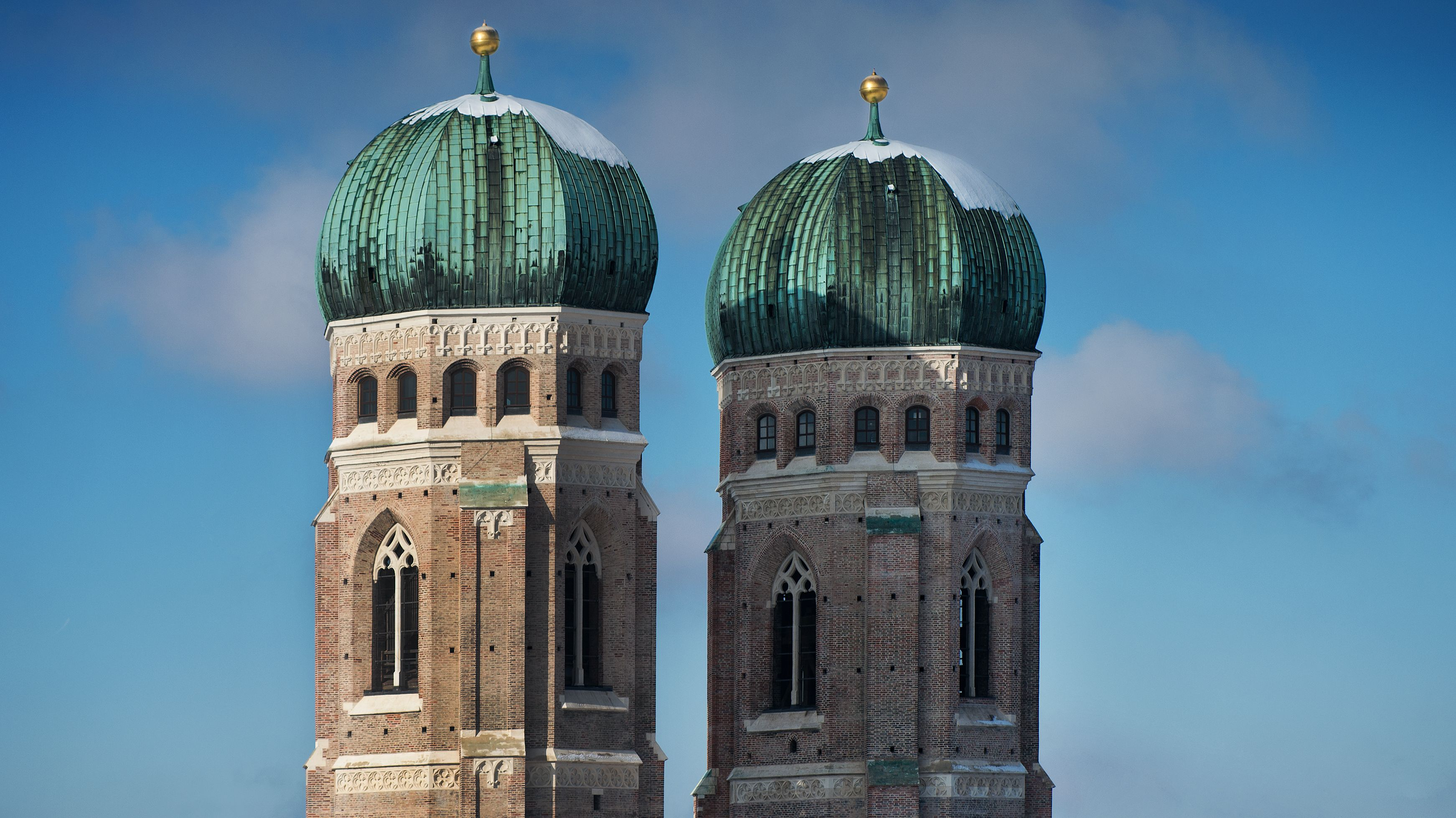 Türme der Frauenkirche in München.