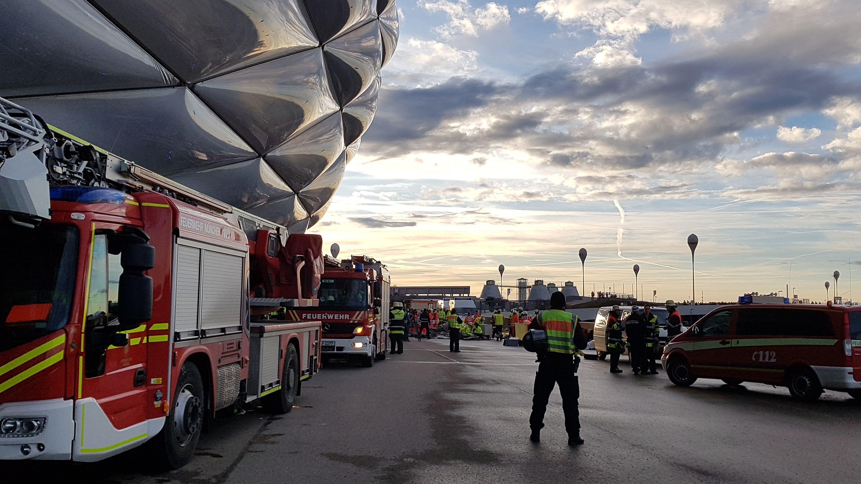 Katastrophenschutzübung an der Münchner Allianz Arena