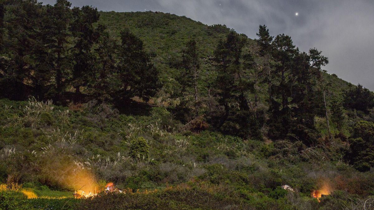Wildcamping mit Lagerfeuer. (Symbolbild)