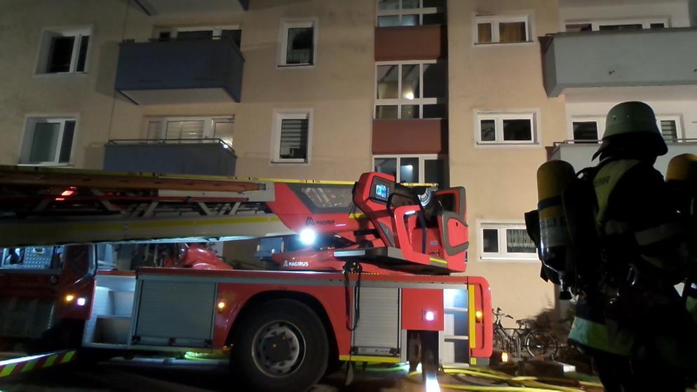 Feuerwehreinsatz in einem Hochhaus in München | Bild:BR24