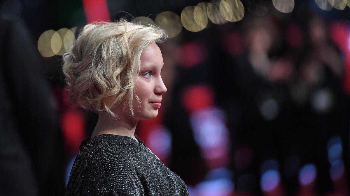 """Die Schauspielerin Helena Zengel - sie gewann den Filmpreis für die beste weibliche Hauptrolle in """"Systemsprenger"""""""