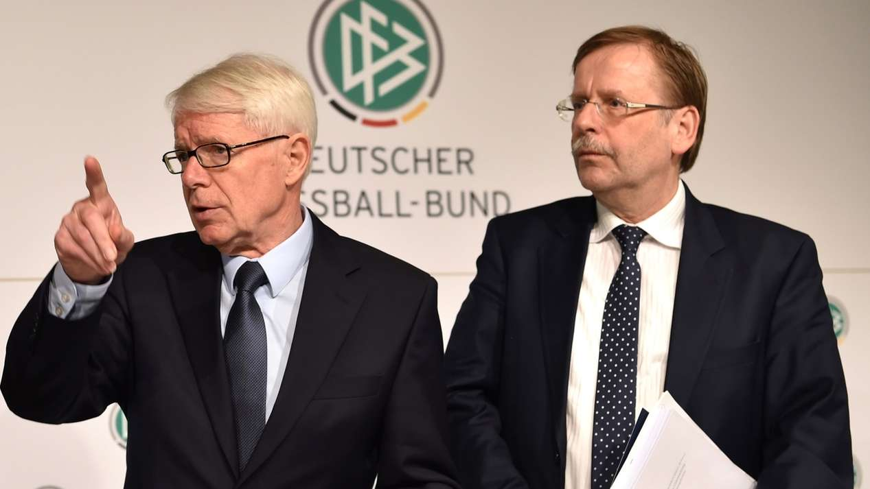 DFB Präsident Grindel tritt zurück