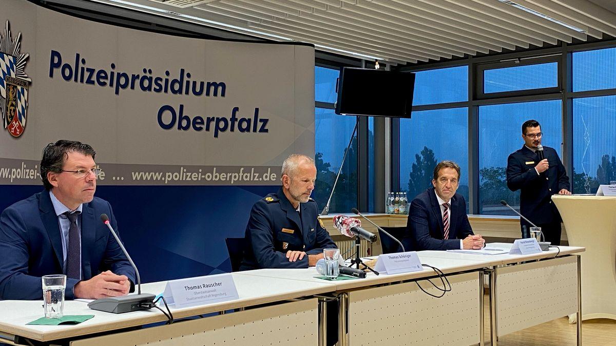 Pressekonferenz im Polizeipräsidium Oberpfalz am Mittwoch