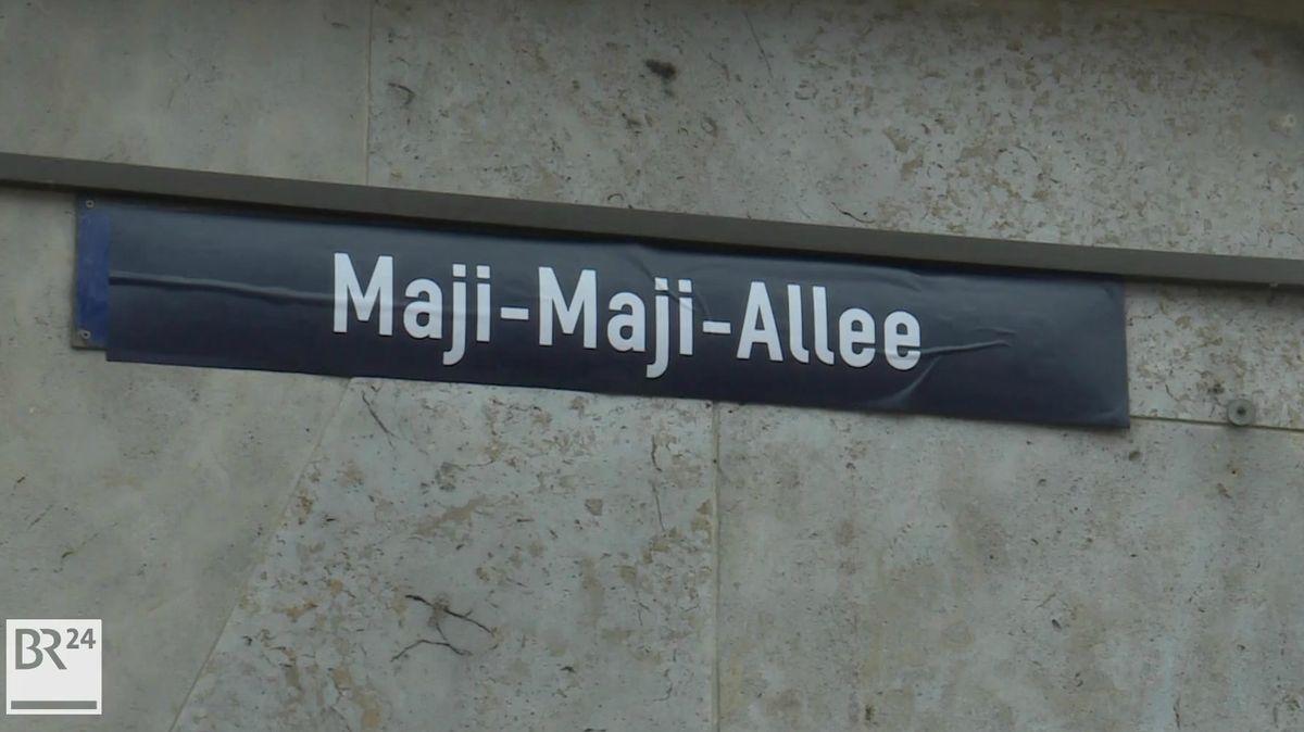 Überklebter Straßenname