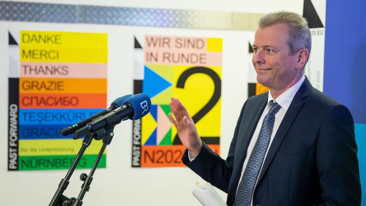 Nürnbergs OB Ulrich Maly (SPD) nach der Bekanntgabe der Kulturhauptstadt-Shortlist