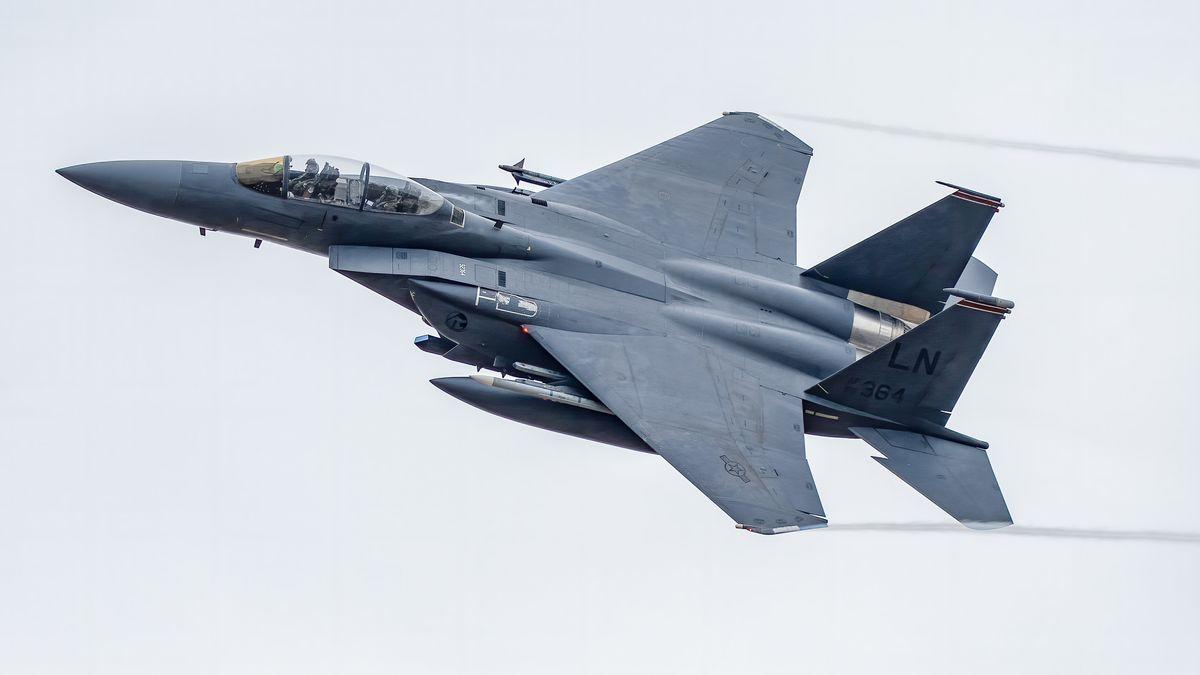 Ein F1-.Kampfjet ist über der Nordsee abgestürzt. Der Pilot kam ums Leben.