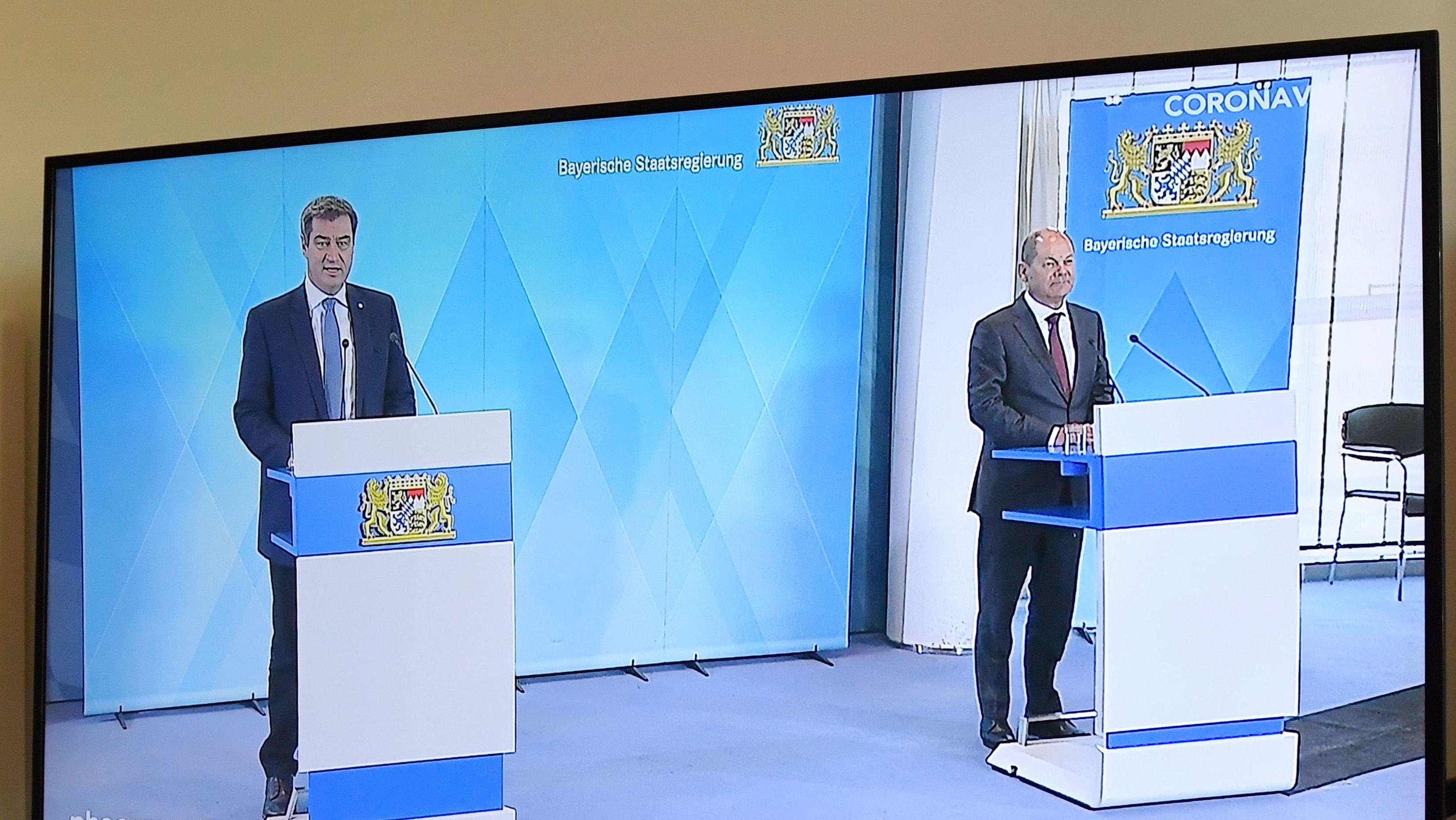 Pressekonferenz in Corona-Zeiten, ohne Journalisten im Raum: Ministerpräsident Söder (l.) und Bundesfinanzminister Scholz in der Staatskanzlei.