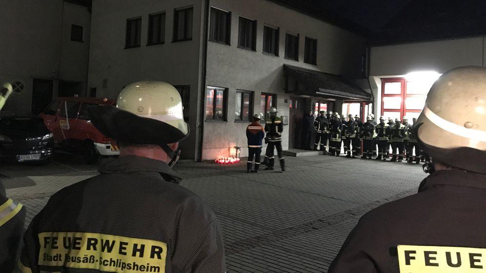 Trauerfeier für getöteten Feuerwehrmann in Neusäß   Bild:BR/Leinfelder