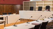In dem Gerichtssaal im Landgericht Amberg wird der Jagdunfall von Nittenau verhandelt | Bild:pa/dpa/Armin Weigel