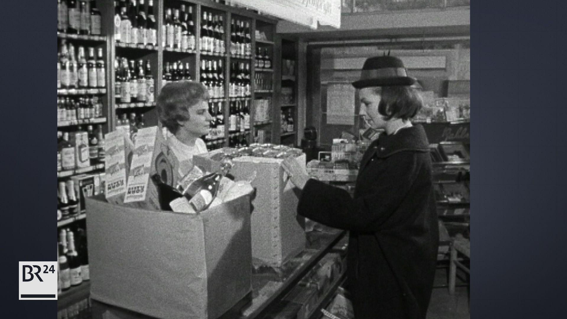 Hausfrau beim Einkauf