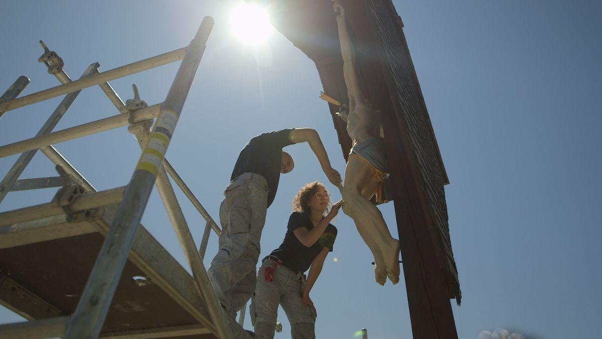 Linus und Sarah machen ein Freiwilliges Soziales Jahr in der Denkmalpflege