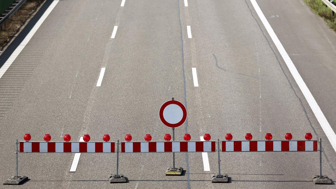 Symbolbild: Eine Straßensperre