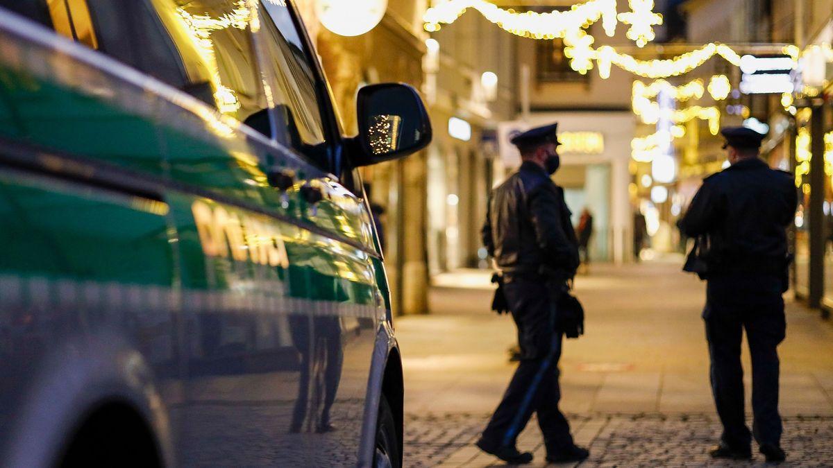 Bei den Polizeikontrollen an Weihnachten ist Fingerspitzengefühl geboten, da sind sich Gewerkschaft und Innenminister einig.